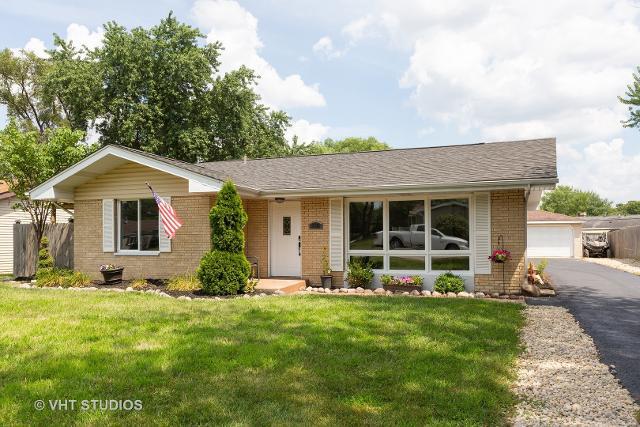 318 Arrowhead, Shorewood, 60404, IL - Photo 1 of 10