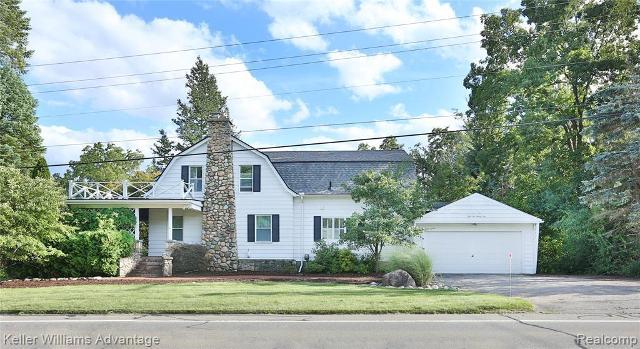 5225 Walnut Lake Rd, West Bloomfield, 48323, MI - Photo 1 of 66
