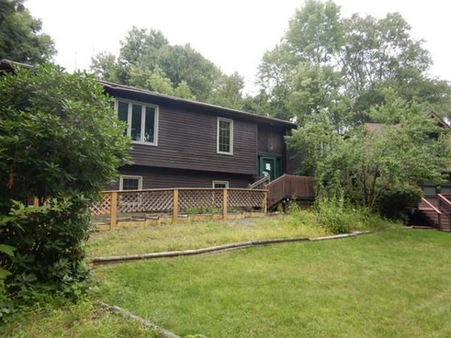 5 Old Amherst UnitB, Belchertown, 01007, MA - Photo 1 of 18