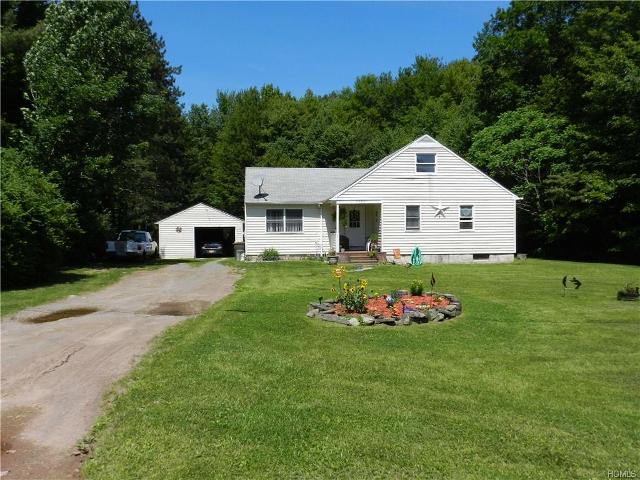 1826 Ulster Heights, Ellenville, 12428, NY - Photo 1 of 13