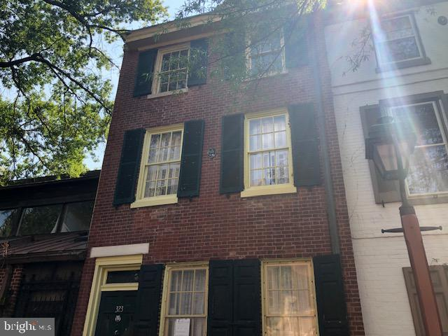 323 3rd, Philadelphia, 19106, PA - Photo 1 of 11