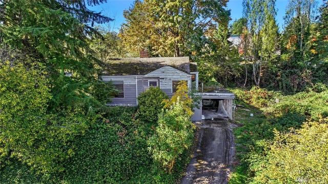 2444 Holden, Seattle, 98106, WA - Photo 1 of 12
