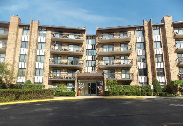 501 Lake Hinsdale Unit304, Willowbrook, 60527, IL - Photo 1 of 34