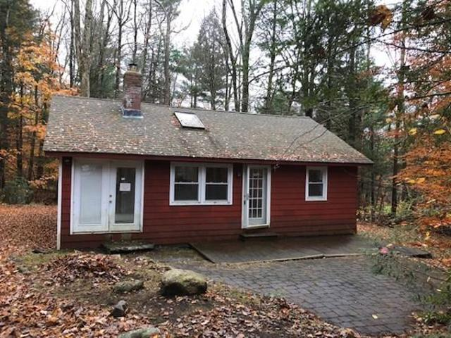 272 Meadow Dr, Tolland, 01034, MA - Photo 1 of 10