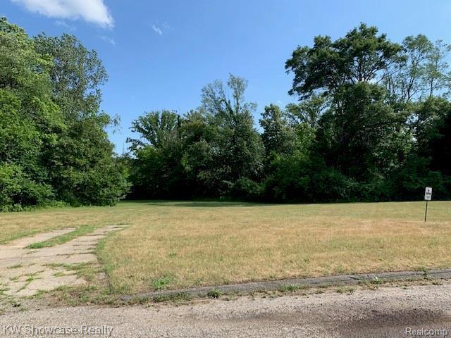 1215 Jeffwood, Waterford, 48327, MI - Photo 1 of 5