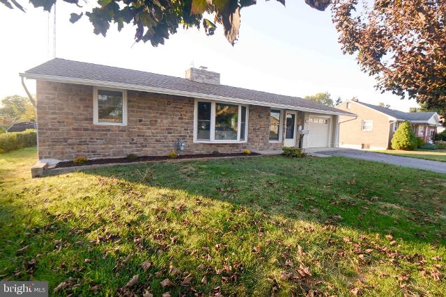 303 Key Ave, Hagerstown, 21740, MD - Photo 1 of 33