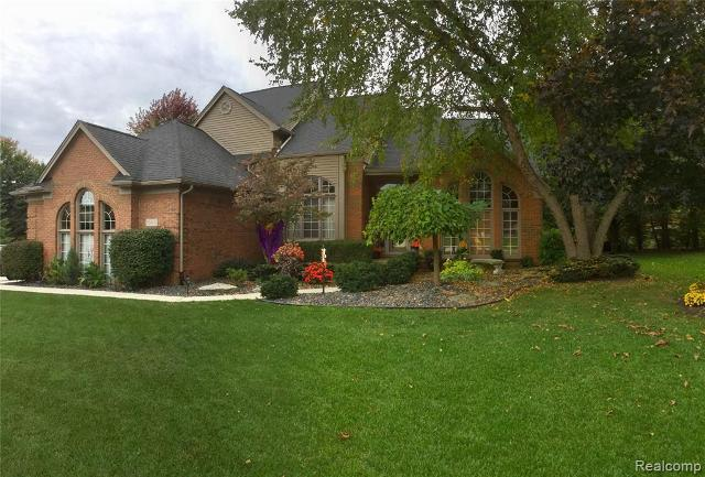55463 Parkview, Shelby Twp, 48316, MI - Photo 1 of 34