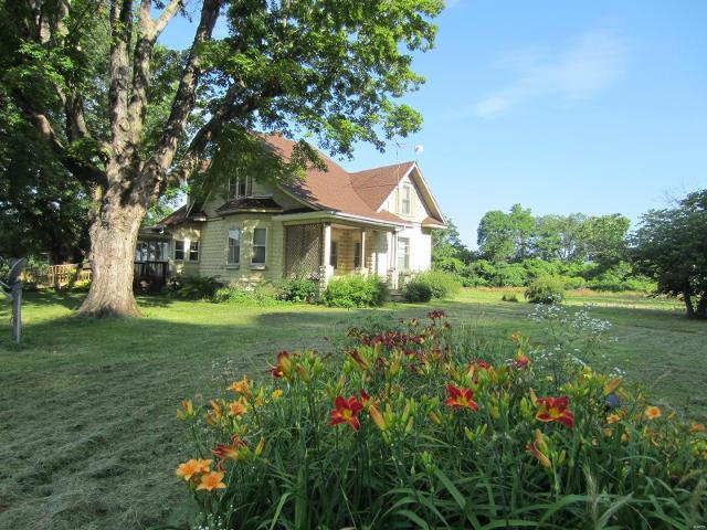 12581 State Hwy 96, Mozier, 62070, IL - Photo 1 of 22
