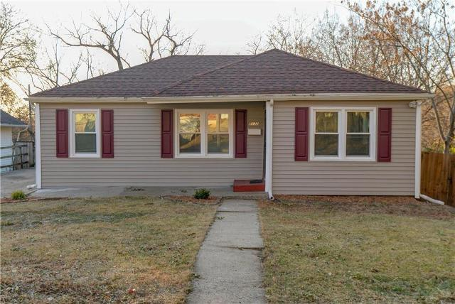 8132 Highland Ave, Kansas City, 64131, MO - Photo 1 of 41