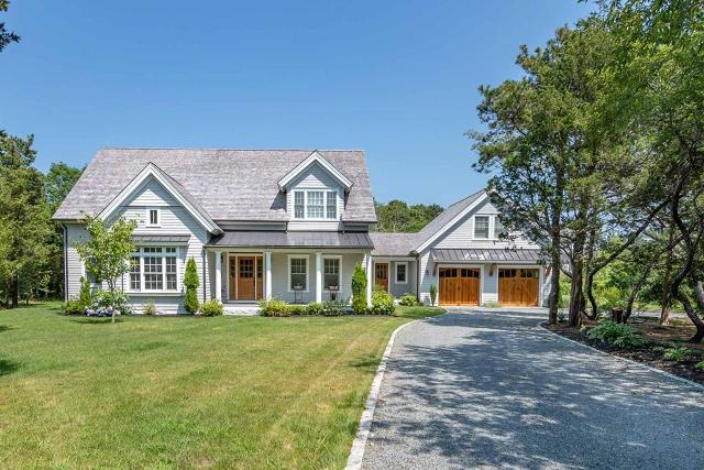4 Noras, Edgartown, 02539, MA - Photo 1 of 38