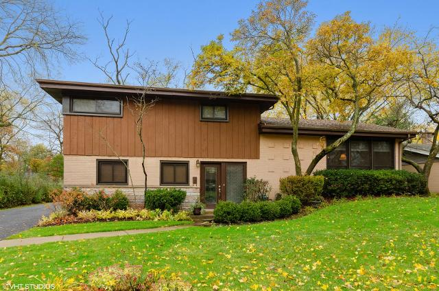1746 Winthrop Rd, Highland Park, 60035, IL - Photo 1 of 17