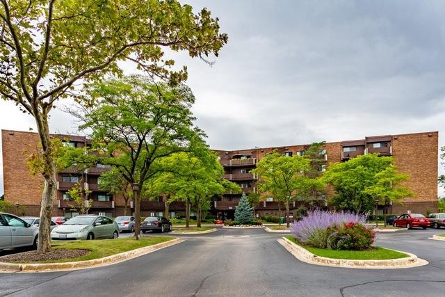 840 Wellington Unit103, Elk Grove Village, 60007, IL - Photo 1 of 21
