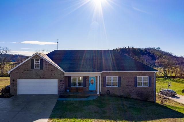 3477 Bailey Ranch Rd, Kingsport, 37660, TN - Photo 1 of 50