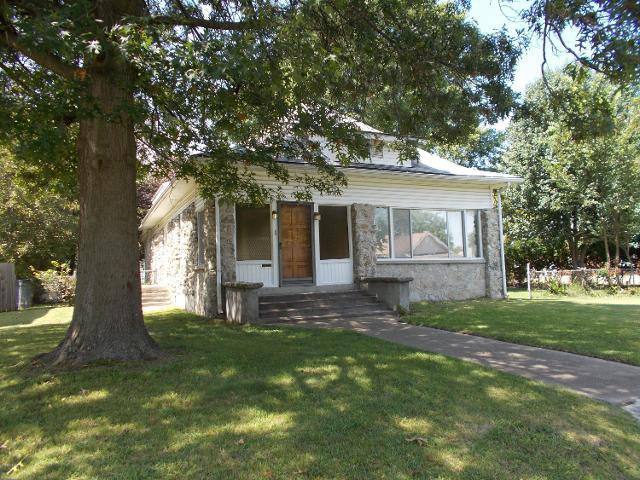 728 Porter, Joplin, 64801, MO - Photo 1 of 20