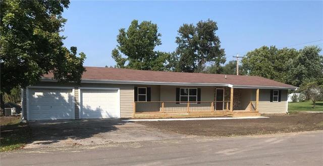 602 S Willow St, Gallatin, 64640, MO - Photo 1 of 32