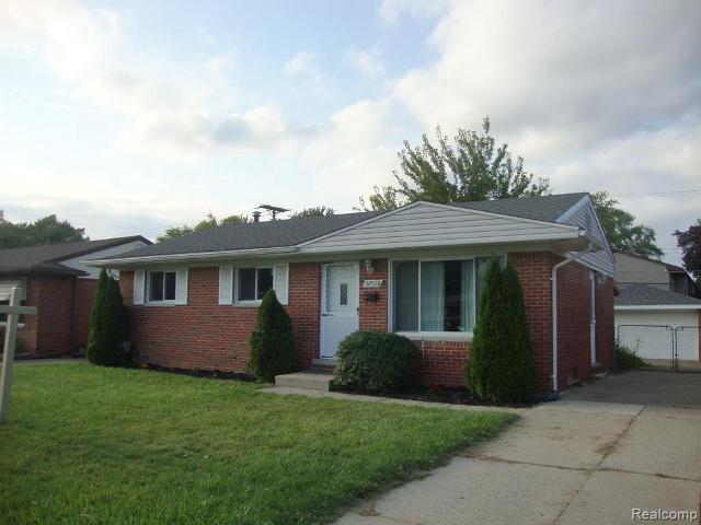 32528 Fernwood, Westland, 48186, MI - Photo 1 of 30