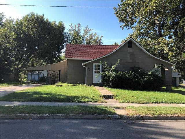305 W Washington St, Harrisonville, 64701, MO - Photo 1 of 9