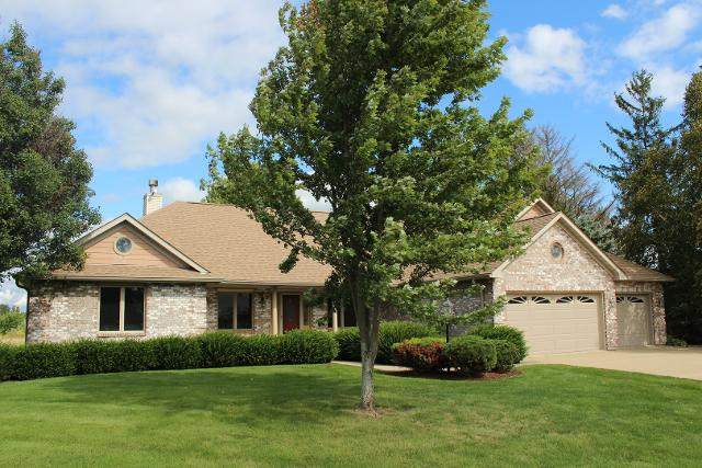 2751 Indian Heights, Oregon, 61061, IL - Photo 1 of 32