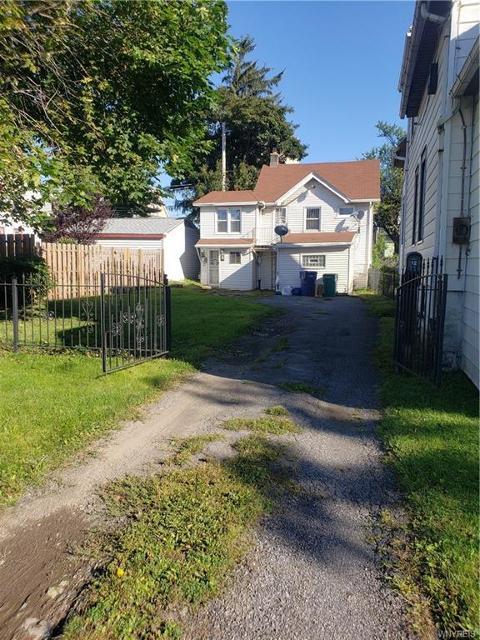 12 Warwick, Buffalo, 14215, NY - Photo 1 of 17