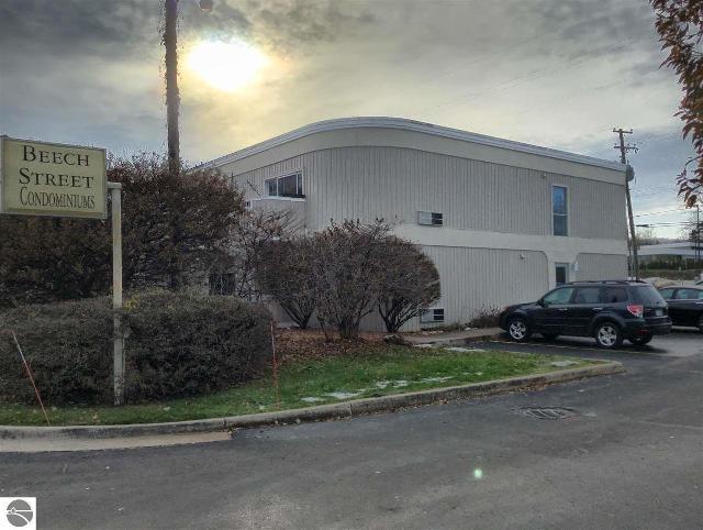 124 Beech St Unit 206, Traverse City, 49684, MI - Photo 1 of 21