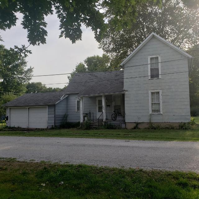 301 Douglas, Bement, 61813, IL - Photo 1 of 3
