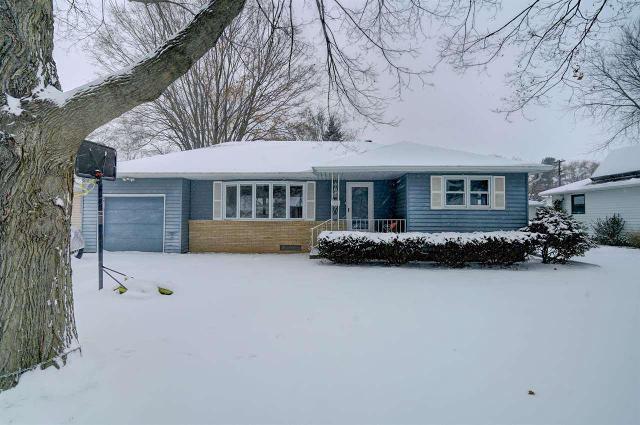 632 Gerald Ave, Sun Prairie, 53590, WI - Photo 1 of 25