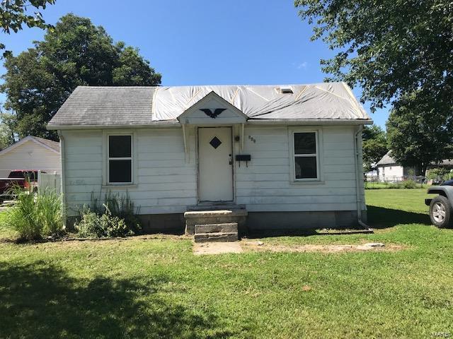 209 Curtis, Jerseyville, 62052, IL - Photo 1 of 10