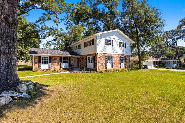 3837 17th, Ocala, 34471, FL - Photo 1 of 42