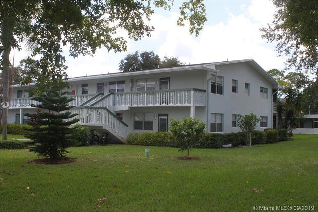 257 Oakridge P Unit257, Deerfield Beach, 33442, FL - Photo 1 of 20