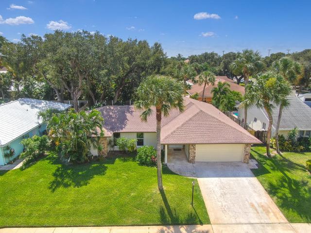 2562 Pepperwood, North Palm Beach, 33410, FL - Photo 1 of 36