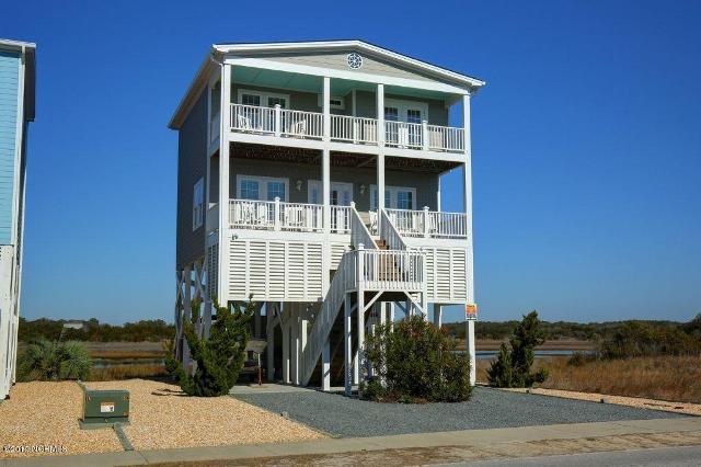 840 Ocean, Holden Beach, 28462, NC - Photo 1 of 22