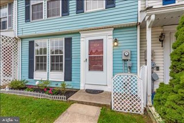 204 Lily Ct, Hagerstown, 21740, MD - Photo 1 of 47