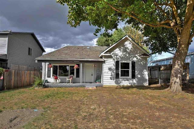 1711 Desmet, Spokane, 99202, WA - Photo 1 of 20