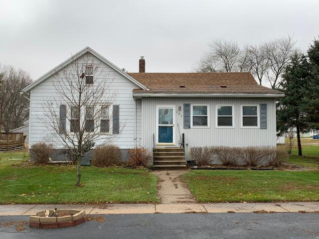 202 N Jefferson St, Flanagan, 61740, IL - Photo 1 of 23