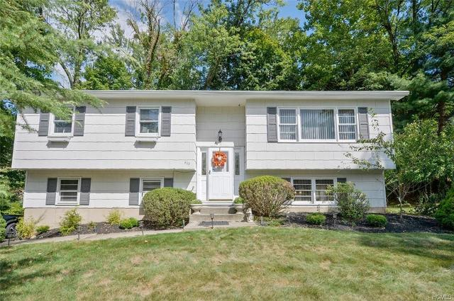 823 Tulip, Valley Cottage, 10989, NY - Photo 1 of 24