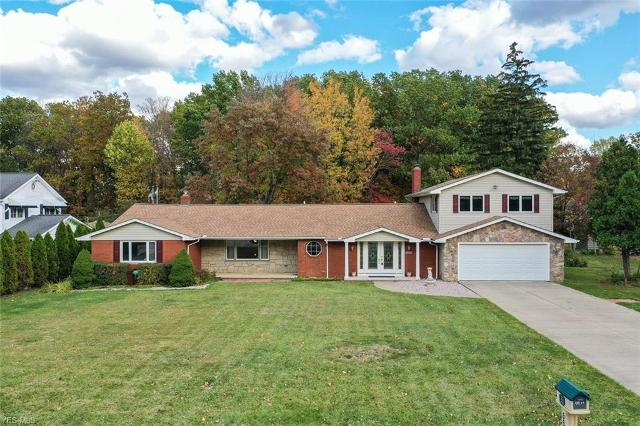 8835 Cranberry Rdg, Broadview Heights, 44147, OH - Photo 1 of 29