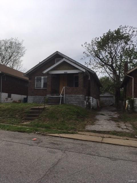 4325 Rosewood Ave, St Louis, 63120, MO - Photo 1 of 2