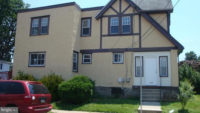 137 Terrace UnitUpper, Darby, 19082, PA - Photo 1 of 17