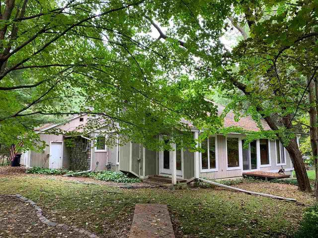 1622 Royal Oaks Dr, Janesville, 53548, WI - Photo 1 of 23