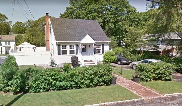 26 Beech, Lake Grove, 11755, NY - Photo 1 of 20