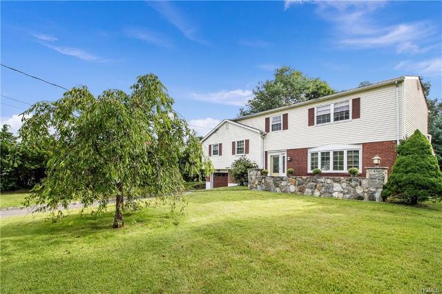 6 Oriole, Cortlandt Manor, 10567, NY - Photo 1 of 24