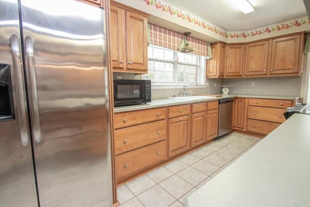 9564 SW 67th Ave, Hampton, 32044, FL - Photo 1 of 39