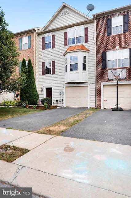 241 Whitley, Chambersburg, 17201, PA - Photo 1 of 32