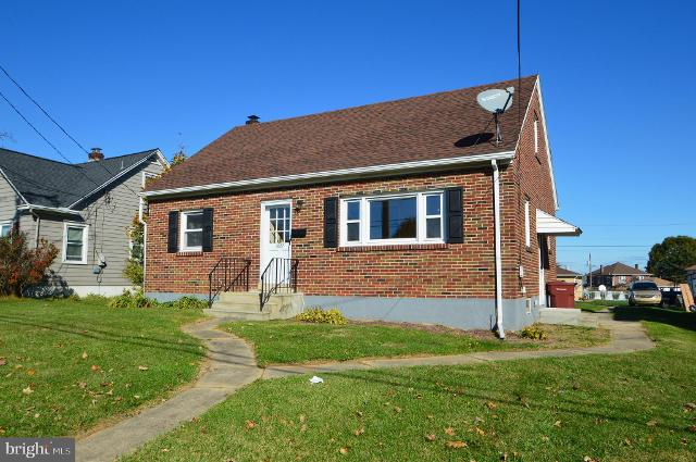 1027 3rd St, Whitehall, 18052, PA - Photo 1 of 17