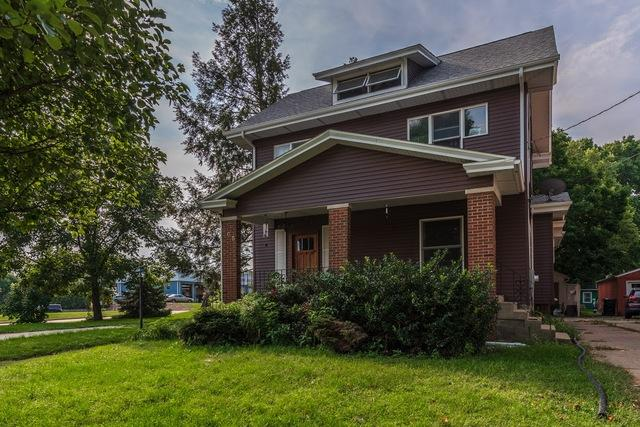 805 Apple, Normal, 61761, IL - Photo 1 of 32
