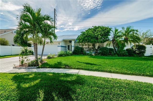 1734 Pebble Hill, Palm Harbor, 34683, FL - Photo 1 of 36