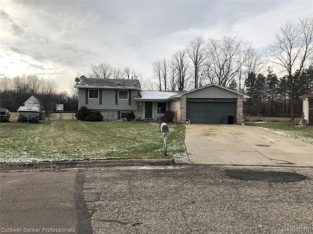 5376 Plymouth Ave W, Grand Blanc, 48439, MI - Photo 1 of 12