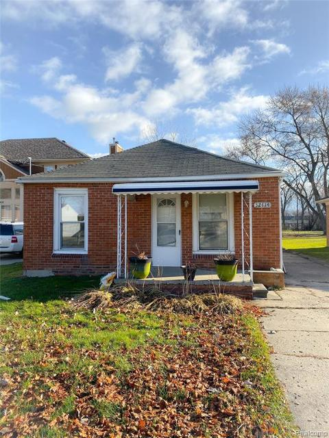 32414 Robeson St, Saint Clair Shores, 48082, MI - Photo 1 of 2
