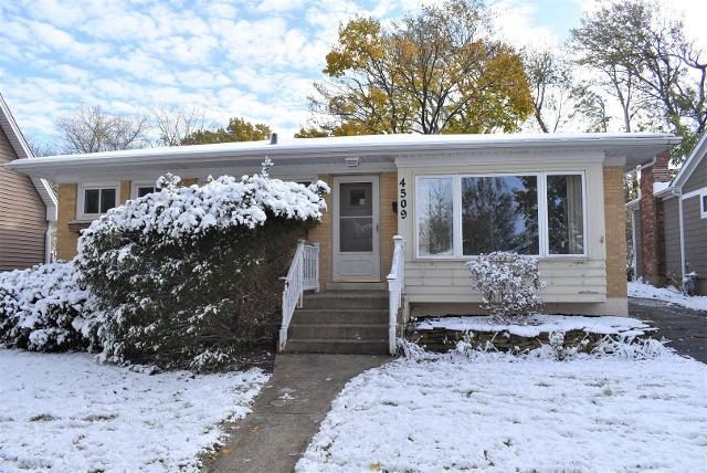 4509 Pershing Ave, Downers Grove, 60515, IL - Photo 1 of 20