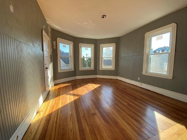241 Weld St, New Bedford, 02740, MA - Photo 1 of 1